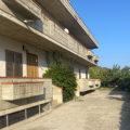 Quadrilocale con terrazzo e giardino in vendita a Bellante